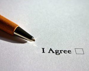 Als je iets koopt op een webshop of een offerte accepteert, betekent dit dat je ook akkoord gaat met de algemene voorwaarden.