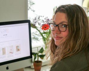 Loes van Mastwijk heeft haar eigen bedrijf Design by Loes opgezet.