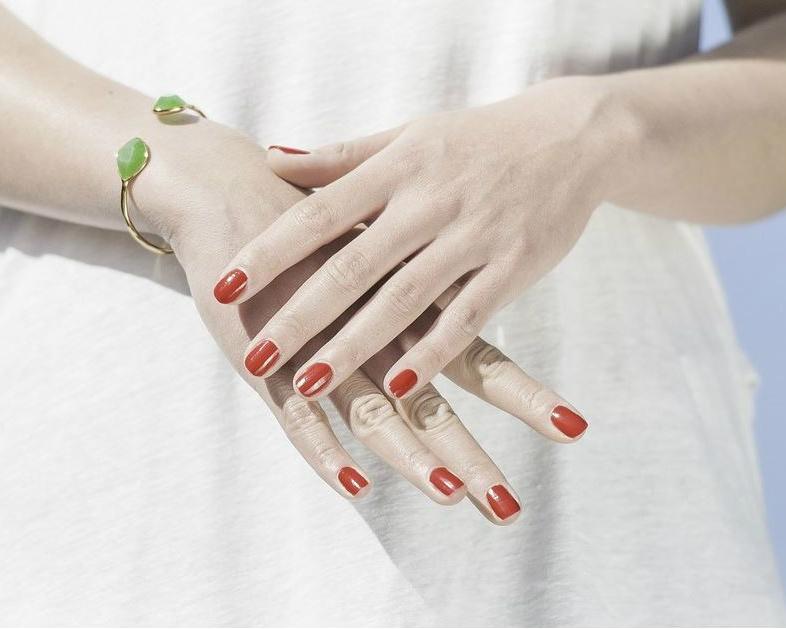 Deze kleuren nagellak zijn officeproof