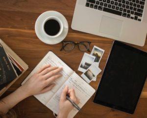 Blijf schrijven zodat je handschrift niet verloren gaat.