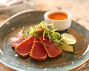 Weet jij hoe je tonijn sashimi op de juiste manier eet?