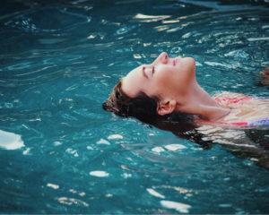 Sporten zonder sportschool bijvoorbeeld zwemmen