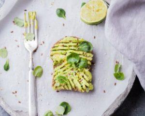 Avocado op toast voor een stressvolle periode
