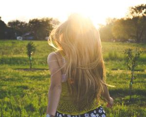 #feitoffabel: je haar groeit sneller door de zon
