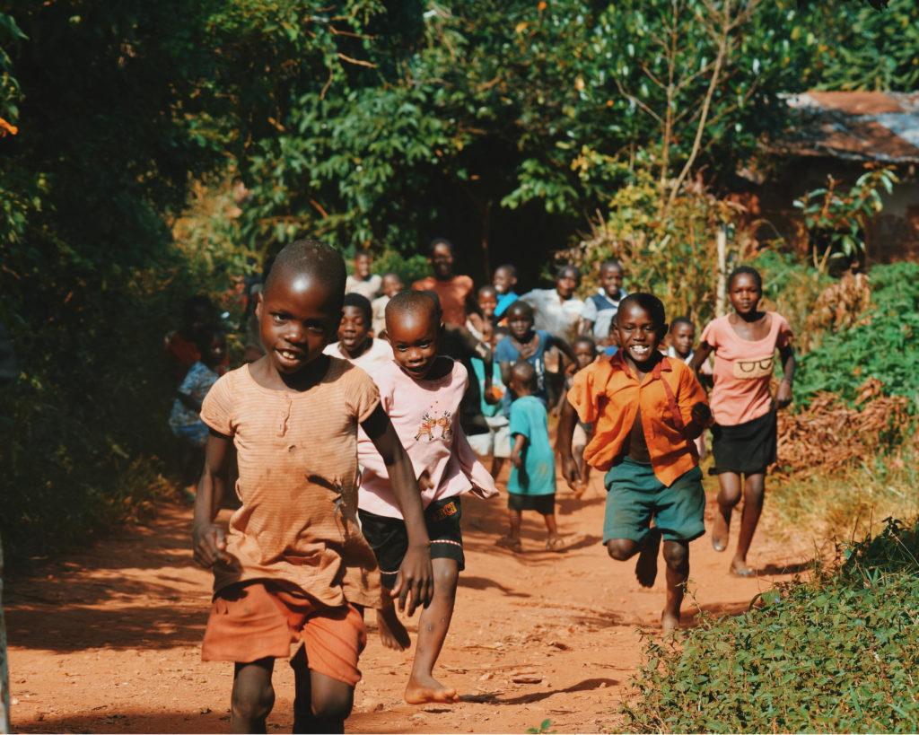 Hoe de derde wereld eerder slechter dan beter wordt van kleding die we massaal doneren.