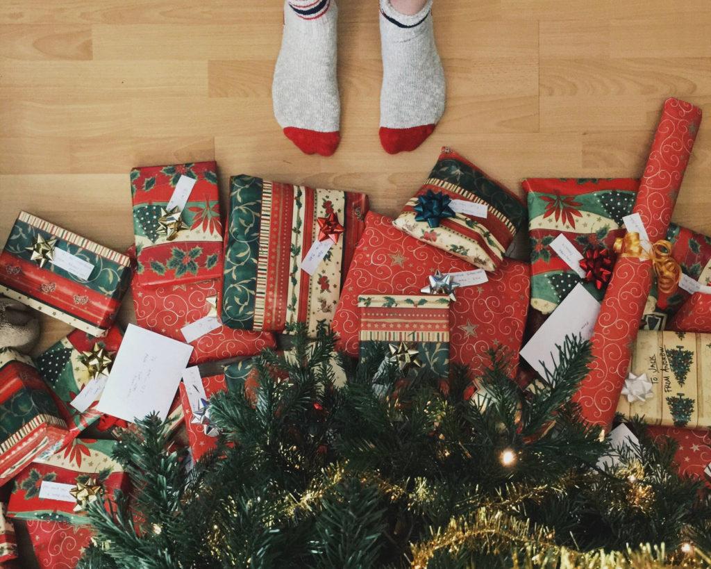 12 kerstcadeaus om onder de kerstboom te leggen.