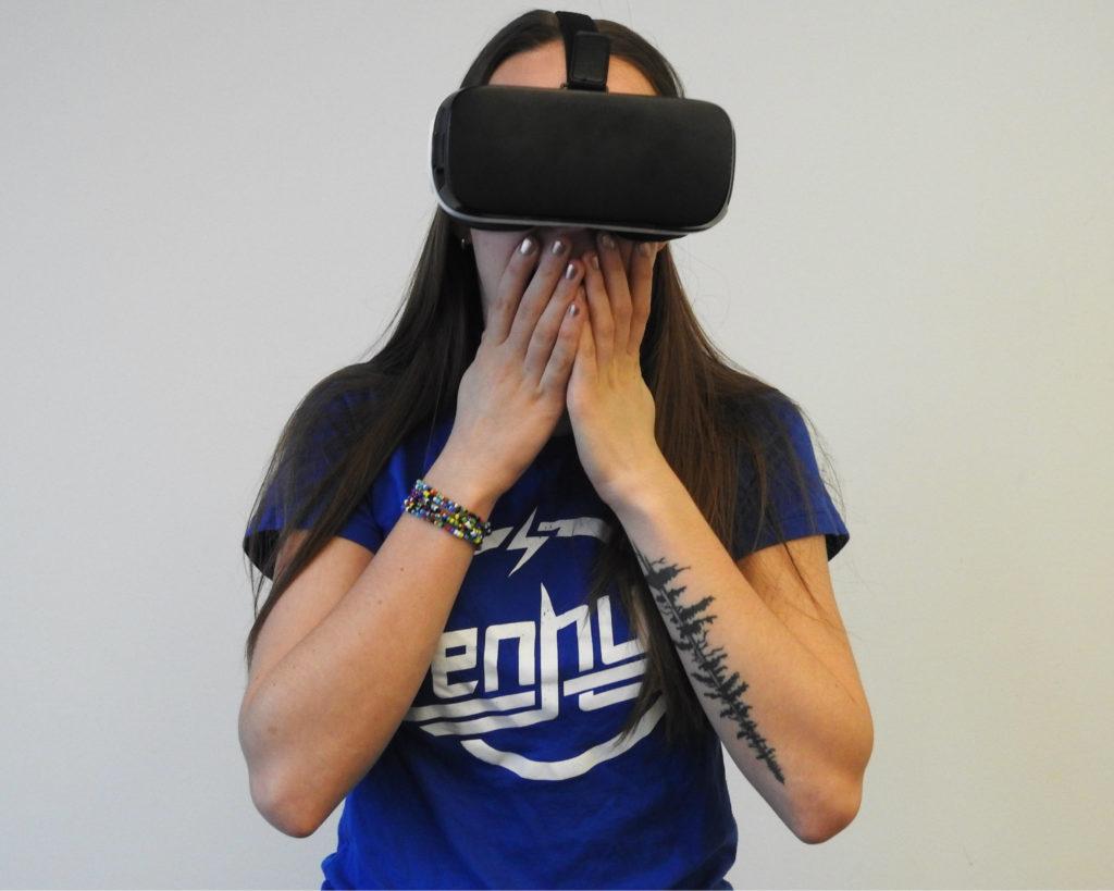 Binnenkort kun je mogelijk van je angst voor spinnen afkomen door virtual reality therapie te gaan volgen.