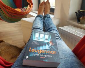 Leugenaar is de debuutthriller van Sarah Naughton.