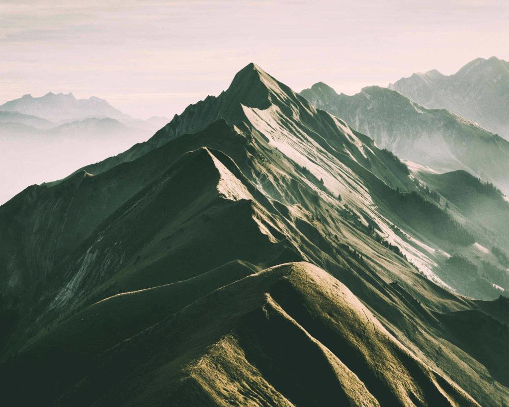 Gastschrijver Sandy schreef deze recensie over het boek De acht bergen.