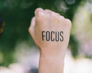 Deze 3 apps helpen je om je aandacht bij je werk te houden